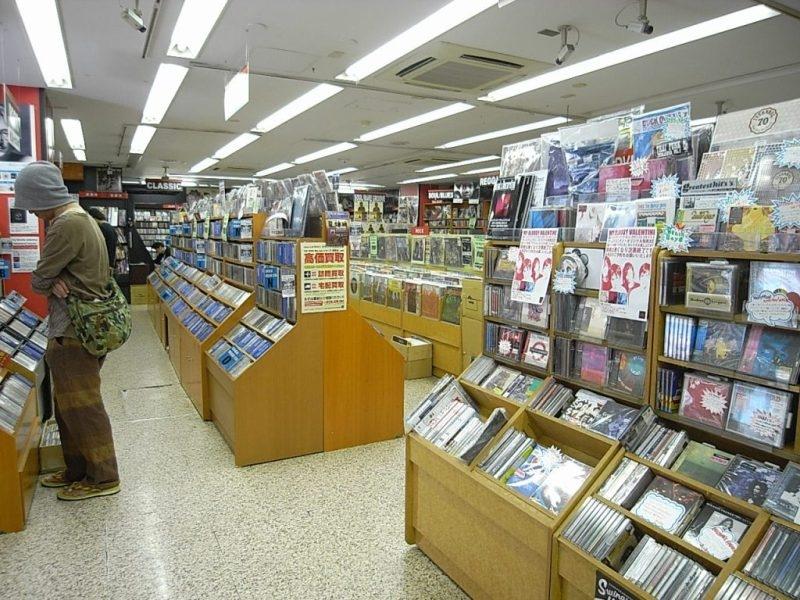 音楽好き必見!インディーズバンドのCDやカセットが豊富にそろうレコードショップ
