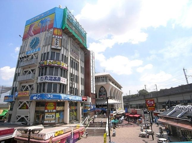 王子駅前のボーリング場・バッティングセンターなどが入る総合レジャー施設です