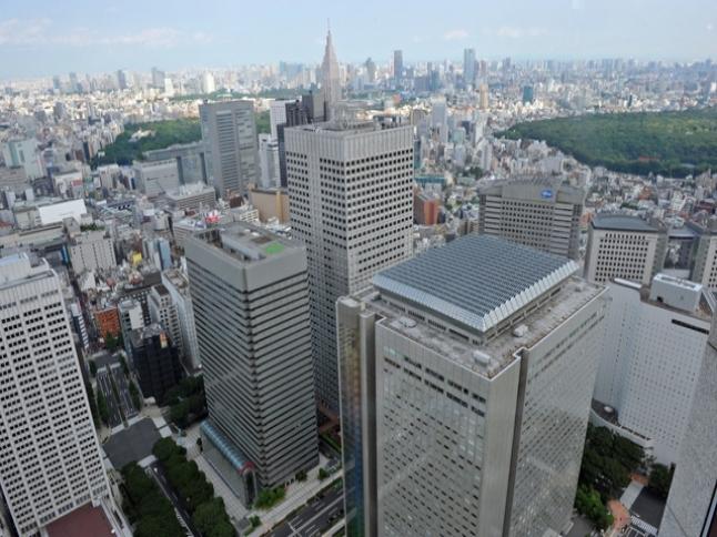 JR中央線立川駅から新宿駅まで約26分