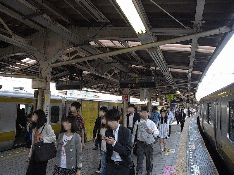 御茶ノ水駅、秋葉原駅、新宿駅とビッグターミナル駅にアクセスの良く、就活にも便利!